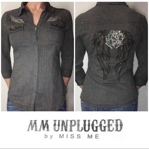 LIKE NEW MM Unplugged Miss Me Gray Shirt Medium M